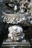 Oude fontein in Peking Stock Foto