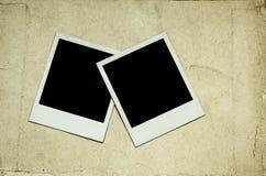 Oude foto's op papier stock afbeeldingen