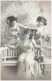 Oude foto van drie jonge vrouwen Royalty-vrije Stock Foto