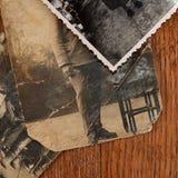 Oude foto van mensen een achtergrond Royalty-vrije Stock Afbeelding