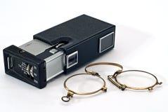 Oude fotocamera en glazen Royalty-vrije Stock Afbeelding