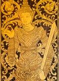 Oude fresko van een Boeddhistische tempel met strijders in traditionele patronen Stock Fotografie