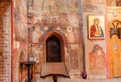 Oude freskomuur van de 16de eeuwkerk van de Aartsengels in Kakheti, Georgië stock foto