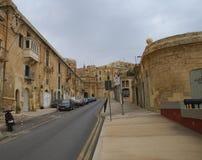 Oude gebouwen en Victoria Cate in de Grote Haven van Valletta Stock Afbeeldingen