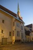 Oude gebouwen in het centrum van Tallinn stock fotografie