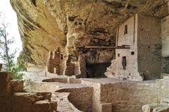 Oude gebouwen in Mesa Verde in Amerika stock afbeelding