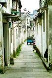 Oude gebouwen, straten en stegen in Shaoxing, China royalty-vrije stock afbeeldingen