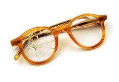 Oude gebroken bril Stock Afbeelding