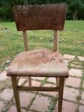 Oude gebroken stoel Stock Foto