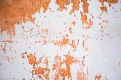 Oude gekraste witte en oranje achtergrond Stock Afbeeldingen
