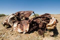 Oude gesloopte auto in Binnenland Australië Royalty-vrije Stock Foto's
