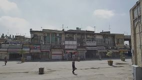 Oude gesloten winkels van Isphahan stock footage