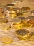 Oude Gestapelde muntstukken Stock Afbeeldingen