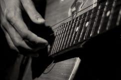 Oude gitaar Stock Foto's
