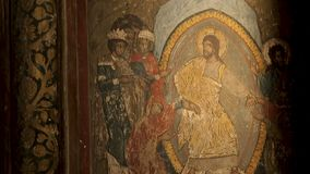 Oude godsdienstige decoratieve details, pictogrammenklooster, kerk het schilderen, fresko stock video