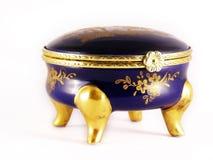 Oude gouden-blauwe juwelendoos Royalty-vrije Stock Afbeeldingen