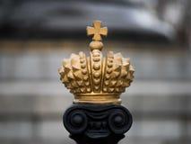 Oude gouden kroon in stijl van Heilig Roman Empire van Charlemagne royalty-vrije stock fotografie