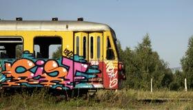 Oude graffititrein Stock Afbeelding