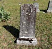 Oude Grafsteen Royalty-vrije Stock Foto's