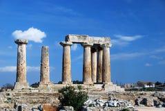 Oude Griekse kolommen royalty-vrije stock afbeelding