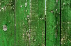 Oude groene houten grungetextuur verticaal Stock Afbeeldingen