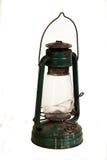 Oude groene roestige die lantaarn op wit wordt geïsoleerd Stock Foto