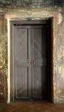Oude grungy deur Royalty-vrije Stock Afbeeldingen