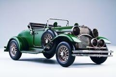 Oude hand - gemaakte auto Stock Foto's