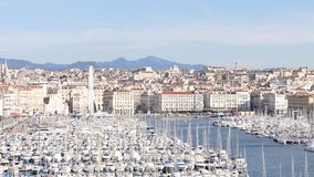 Oude haven in Marseille, Frankrijk stock video