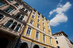 Oude herstelde gebouwen Royalty-vrije Stock Afbeeldingen