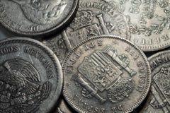 Oude historisch zilveren Muntstukken uit de hele wereld in het Detail Royalty-vrije Stock Afbeeldingen