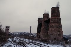 Oude historische kalksteenoven in Poldovka, Tsjechische Republiek stock foto