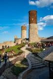 Oude historische ruïnes van het koninklijke kasteel Een bolwerk van middenleeftijden in Midden-Europa stock foto's