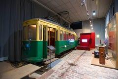 Oude HKL-tram 169 van 1941 in de expositie van het museum van trams Helsinki, Finland Royalty-vrije Stock Afbeelding
