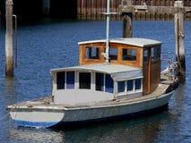 Oude houten boot royalty-vrije stock afbeeldingen