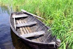 Oude houten boot Royalty-vrije Stock Foto's