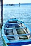 Oude houten boot in Pelestrina Royalty-vrije Stock Foto's