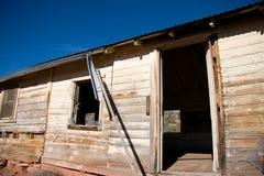 Oude houten cabine Royalty-vrije Stock Afbeeldingen