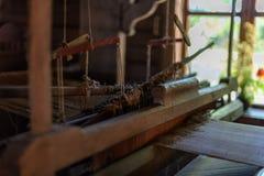 oude houten de architectuurdetails van het plattelandshuis royalty-vrije stock fotografie