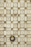 Oude Houten Deur met het Herhalen van Patroon Royalty-vrije Stock Afbeelding