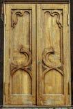 Oude houten deur van het huis stock afbeelding