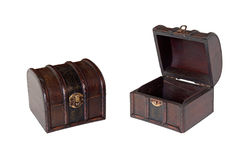 Oude houten geïsoleerde. dozen stock foto's