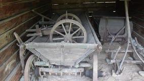 Oude houten hulpmiddelen stock video