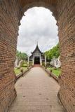 Oude houten kerk van Wat Lok Molee, Chiangmai, Thailand royalty-vrije stock foto