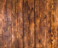 Oude houten panelen met barsten, krassen, wervelingen, inkeping en spaanders Stock Foto's