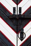 Oude houten poort in St. Petersburg, druk in zwart-wit Royalty-vrije Stock Fotografie