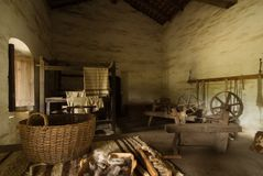 Oude houten spinnewielen royalty-vrije stock afbeelding