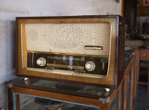 Oude houten stereo-installatie Stock Fotografie