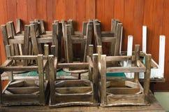 Oude houten stoel Oude Stoel Stock Afbeelding