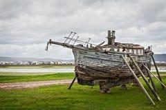 De reparatie van de boot Stock Afbeeldingen
